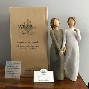 "Willow Tree ""My Sister, My Friend"" figurine"